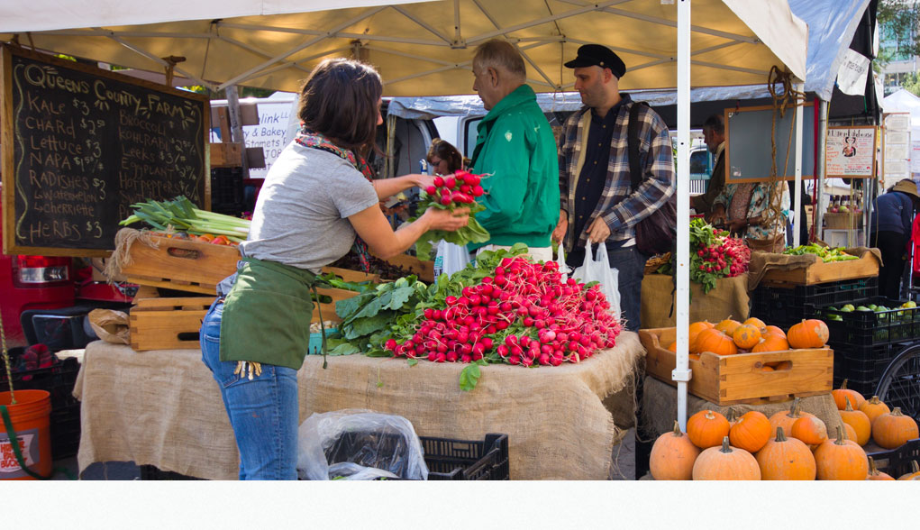 Shop Local: Farmer's Market Tips
