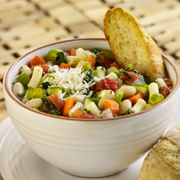minestrone soup and toast