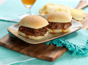 Tangy Slow Cooker Brisket Sandwiches Recipe