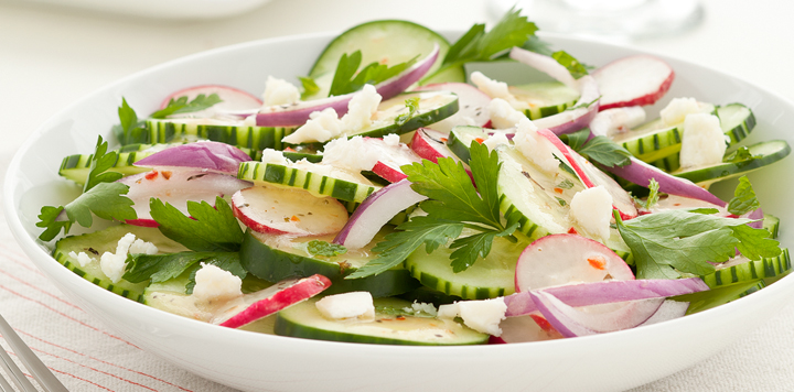 Crunchy Cucumber and Onion Salad Recipe